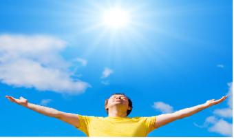 Ánh nắng mặt trời - Tác nhân gây hại hàng đầu cho mắt